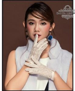 Găng tay nữ da cừu phối ren - BH6473 màu Trắng sữa