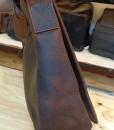 Bên sườn túi
