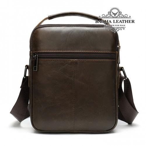 Túi da đeo chéo nam da thật nhỏ gọn - BHM8211C - Phái sau túi thêm 1 ngăn khóa kéo nhỏ