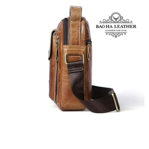 Dây đeo chéo được may cố đinh vào túi - tạo sự chắc chắn khi đeo