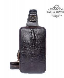 Túi đeo ngực da bò vân cá sấu BHM1039 Màu Nâu đen