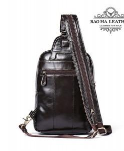 Túi da đeo trước ngực nam BHM8210 - Mặt sau túi