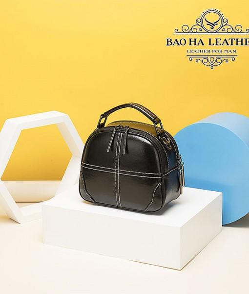 Túi nữ đeo chéo da bò - BHW3120D - Màu Đen