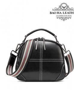 Túi nữ đeo chéo da bò - BHW3120D - Dây đeo bù phối màu rất trẻ và phong cách