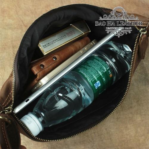 Thoải mái để phụ kiện, vừa cả chai nước, ipad mini, bao thuốc, ví tiền, điện thoại....