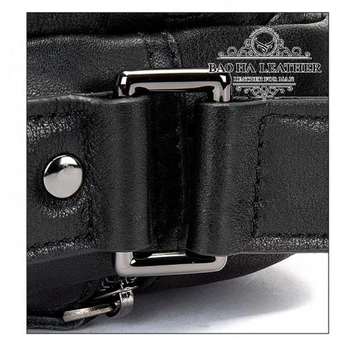 Dây đeo chéo được may liền với túi chắc chắn và có tăng đơ điều chỉnh độ dài phù hợp với từng cơ thể.