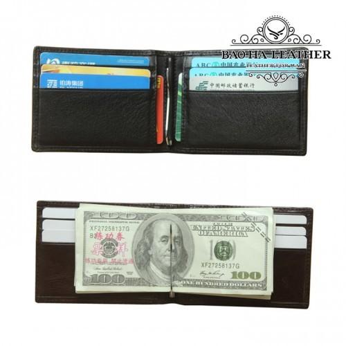 Bên trong ví