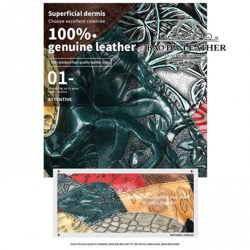 Chất liệu da bò được xử lsy 1 cách đặc biệt, nên mỗi chiếc túi không giống nhau hoàn toàn.