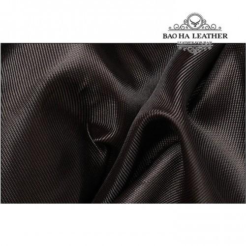 Vải lót tốt giúp bảo vệ phụ kiện của bán tốt hơn, tránh được va đập.