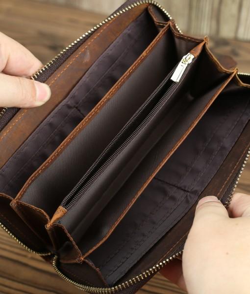 Ví nhỏ nhưng bên trong ví có rất nhiều ngăn nhỏ