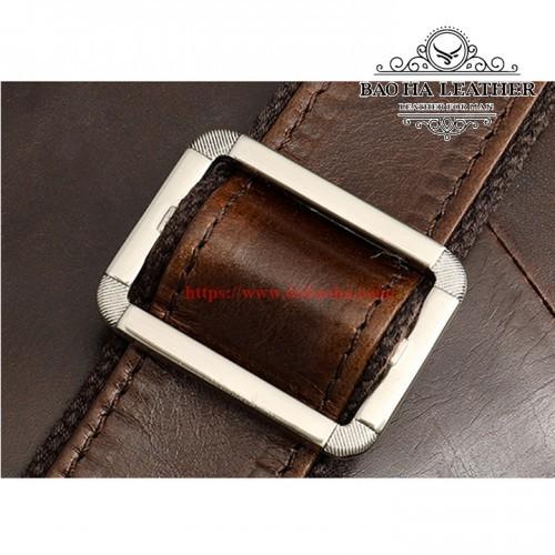 Dây đeo chéo bằng da dễ dàng điều chỉnh độ dài