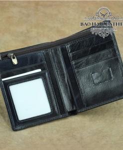 Bên trong chiếc ví